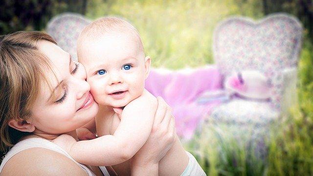 pieluszki niemowlece, pieluchy jednorazowe, pieluchy tetrowe